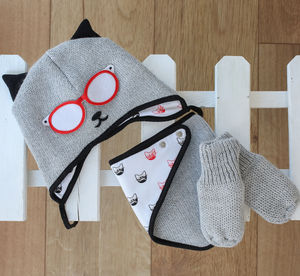 Knitted Cat Gift Set Hat Bib And Gloves Black And Grey