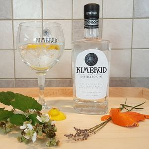 Norwegian Kimerud Gin With Branded Gin Glass - wines, beers & spirits