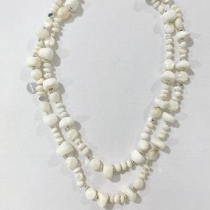 Bcharmd Ivy White Long Shell Necklace