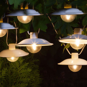 Outdoor Solar White Pendant Light Garland - new in garden