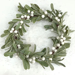 Christmas Mistletoe Wreath - wreaths