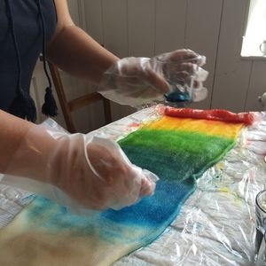 Yarn Dyeing Workshop - gifts for grandparents