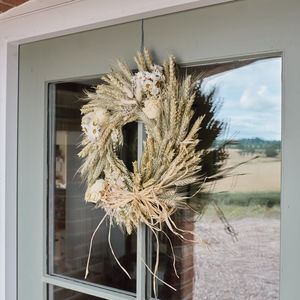 White Wheat Wreath - room decorations
