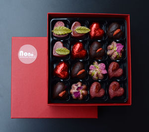 Valentines Superfood Chocolate Hearts And Roses - novelty chocolates