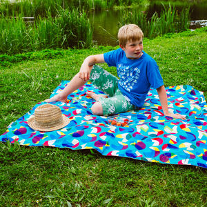 Original Waterproof Family Picnic Mat - what's new