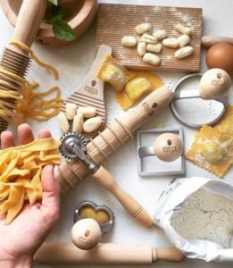 Luxury Fresh Pasta Making Kit - gifts for couples