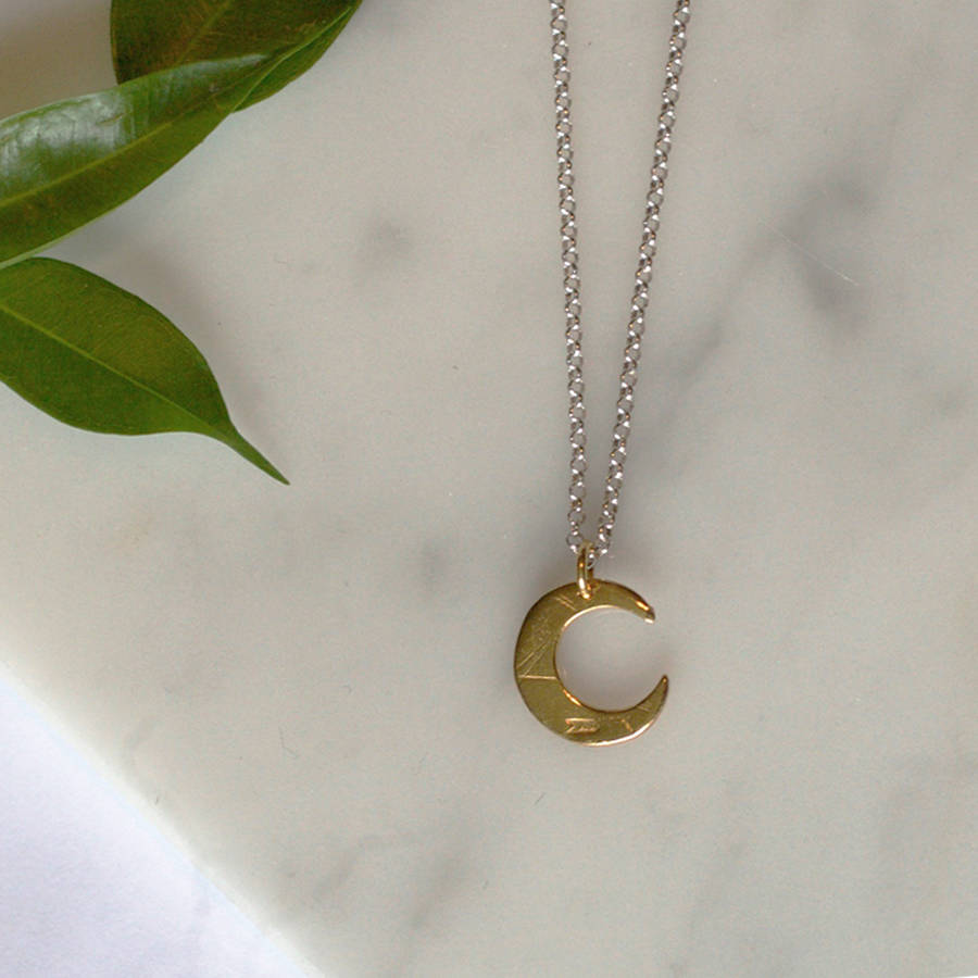 Contrast Mini Moon Necklace