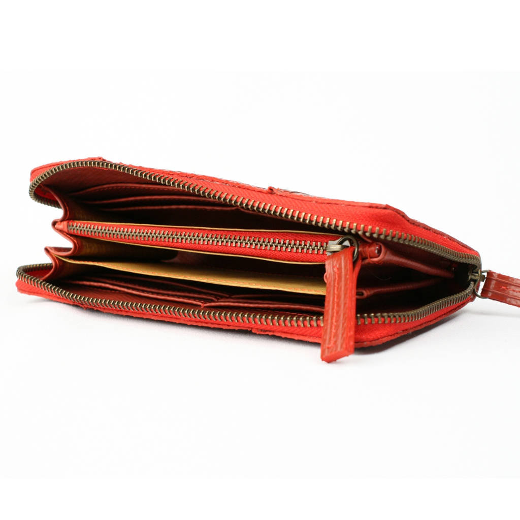 e6822c15900 reclaimed fire hose ladies purse by elvis & kresse ...