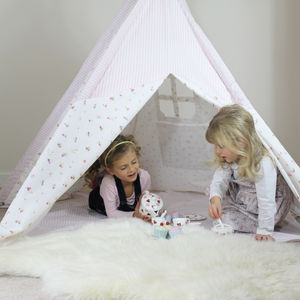 Floral Teepee With Storage Bag And Play Mat