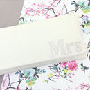 Mrs Wedding Day Bridal Clutch Serif Font