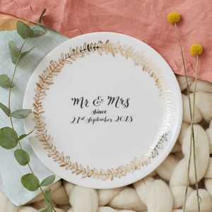 Decorative Mr And Mrs Wedding Plate