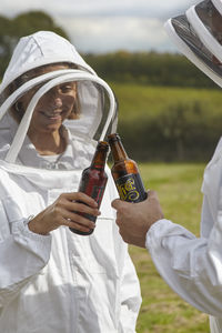 Hiver At Albourne: Beekeeping And Tasting For One