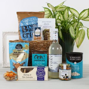 Non Alcoholic Treats Gift Hamper - hampers