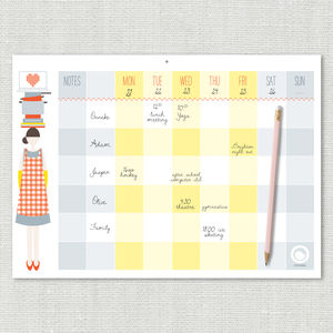 The Busy Woman's Weekly Planner - noticeboards