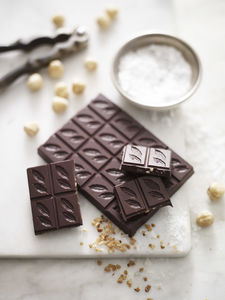 Hazelnut And Sea Salt 70% Dark Chocolate Bar - foodie