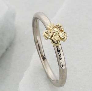 Slim Single Flower 18ct Gold Stacking Ring