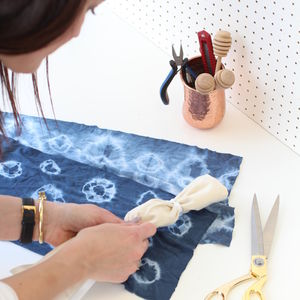 Shibori Tie Dye Tote Bag Workshop With Cocktails