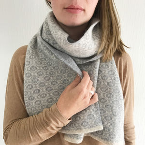 Lambswool Knitted Blanket Scarf With Ogee Pattern