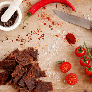 Tangy Tomato Grass Fed Beef Jerky Eight Regular Packs - savouries