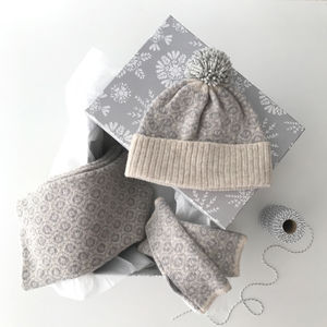 Snood, Bobblehat And Wristwarmers Gift Set - womens