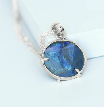 Gold Or Silver Kaleidoscope Labradorite Necklace