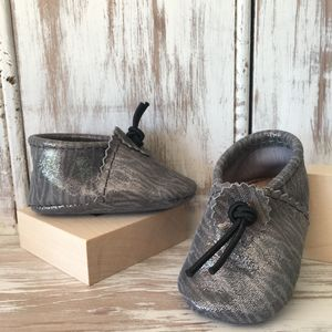 Grey Shimmer Safari Leather Baby Booties