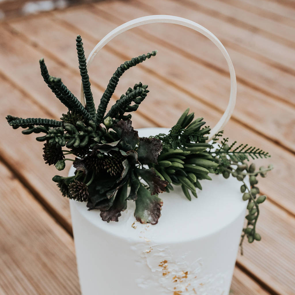 trailing succulent wedding cake topper by luna and wild ...