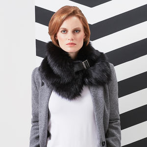 Luxury Faux Fur Buckle Collar - scarves