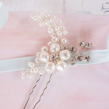 Pearl Flower Bridal Pin