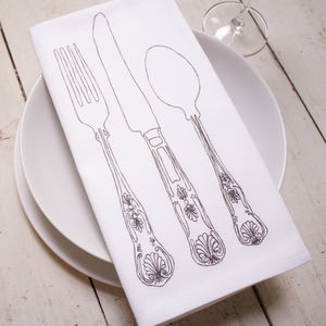 Place Setting Cloth Napkins