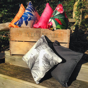 Classic Scatter Cushion - al fresco dining