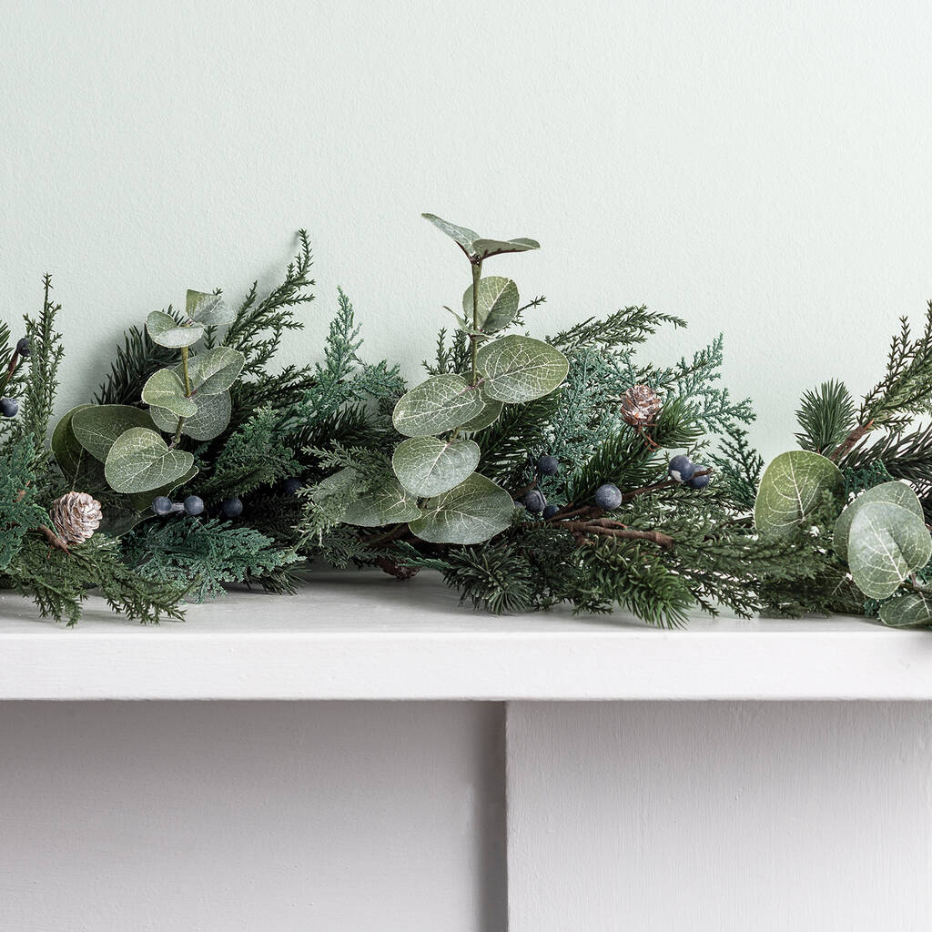 Artificial Christmas Garland.Frosted Berry And Pinecone Artificial Christmas Garland
