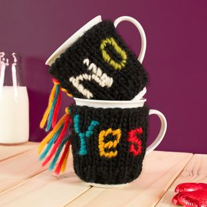 Yes Or No Mug Cosy