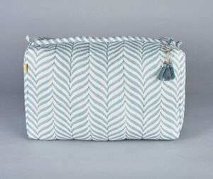 Indore Soft Herringbone Design Wash Bag In Soft Teal