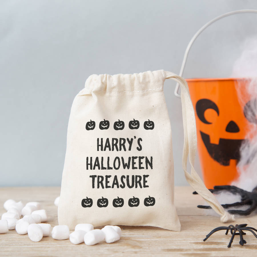 Claire Close 'Text' Halloween Gift Bag With Sweets