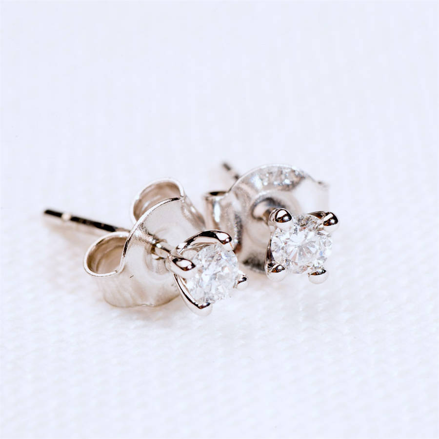 earrings in gold solitaire stud carat tw with diamonds white cluster of