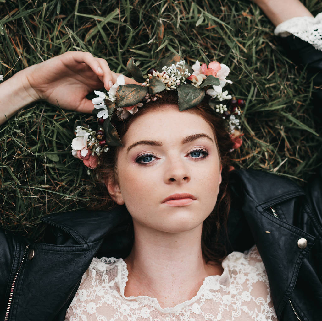 Willow flower crown by gypsy rose vintage notonthehighstreet willow flower crown izmirmasajfo