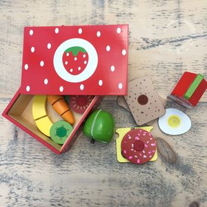 Wooden Strawberry Sandwich Set