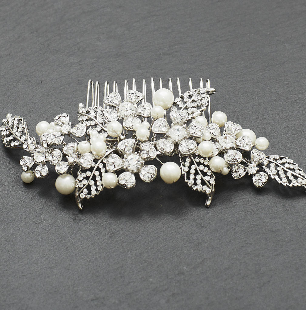 Antique Style Crystal And Pearl Comb