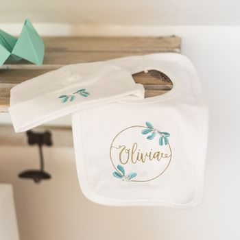 Mistletoe Hat And Bib Gift Set