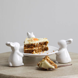 White Ceramic Three Rabbits Cake Stand