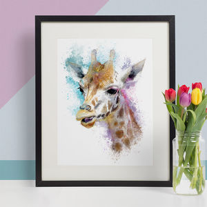 Giraffe Animal Print, Wildlife Art Print - modern & abstract