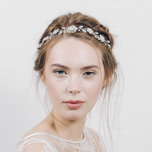 Tiara Hairvine In Swarovski Crystal And Pearl Estelle - new in wedding styling