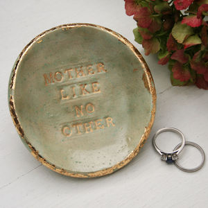 'Mother Like No Other' Ceramic Dish