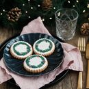 Six Personalised Wreath Biscuits
