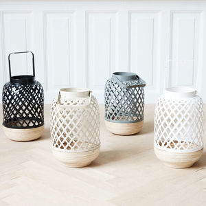 Wooden Lantern Breeze - lighting