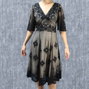 1930's Vintage Look Lace Dress With Sleeves