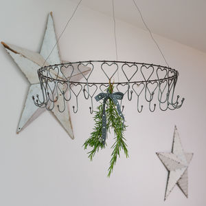 Decorative Wire Hanging Rack