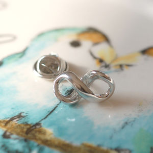 Infinity Pin - new in wedding styling