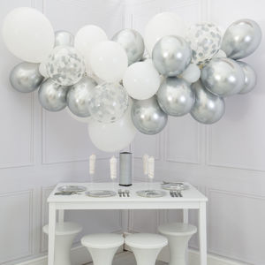 White And Silver Balloon Cloud Kit